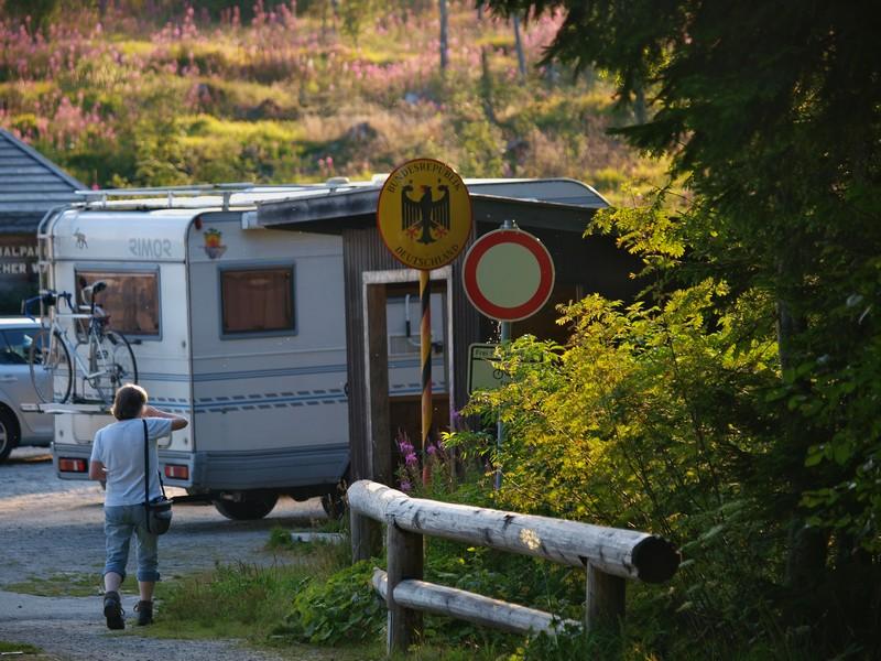 Auf der Reisen mit Wohnmobil an der Tschechischen Grenze